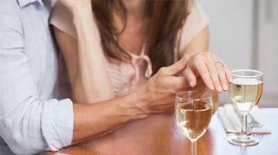 Comment annoncer son mariage à la famille ?